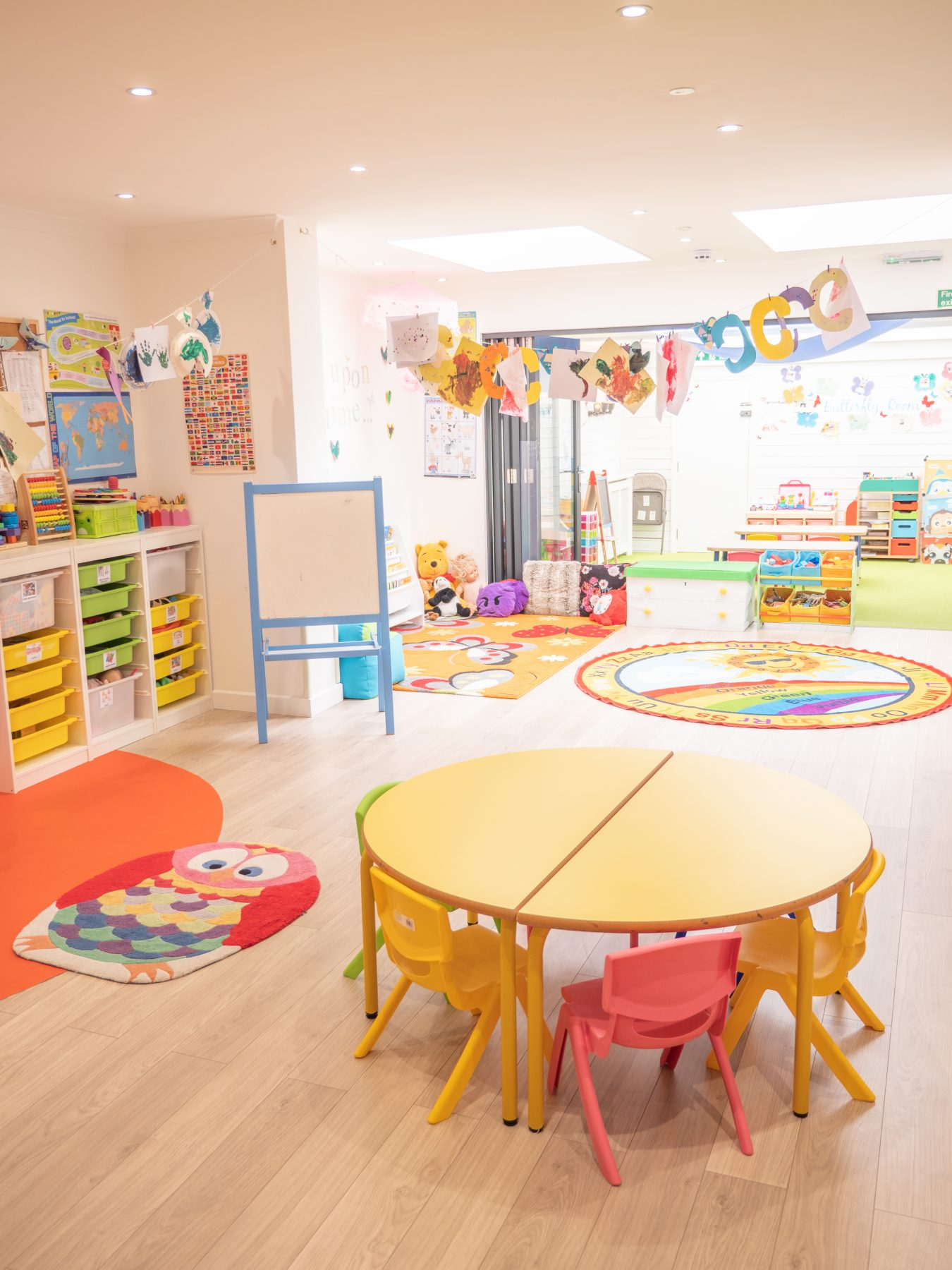 Daycare Little Angels 24/7 children's play room
