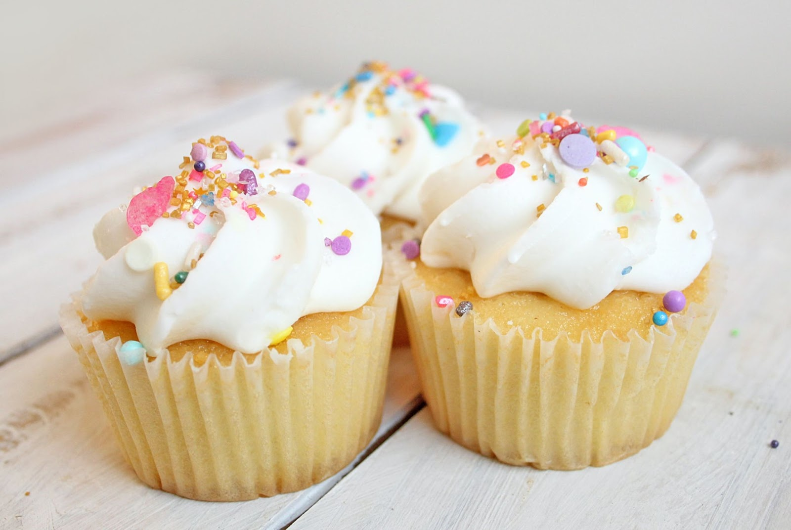 Fairy cakes for simple baking with toddler